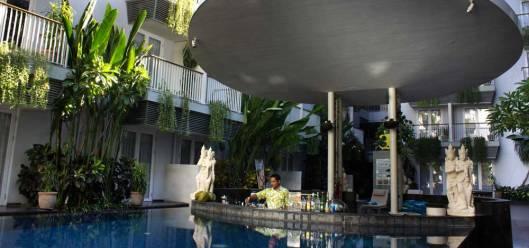 eden hotel swimming pool