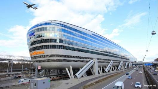 Anreise-Frankfurt_Flughafen_Hotel-Sheraton_Frankfurt_Airport_Hotel_Conference_Center-248x140
