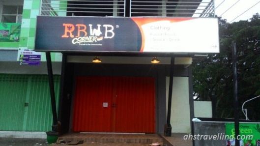 rbwb - clothing