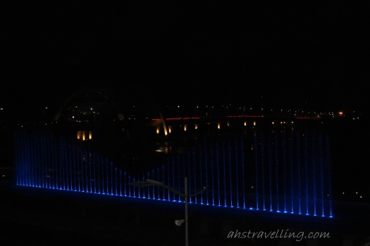 air mancur jembatan surabaya