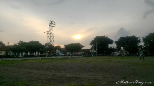 jogja-kraton-sunset