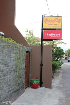 RedDoorz CondongCatur3