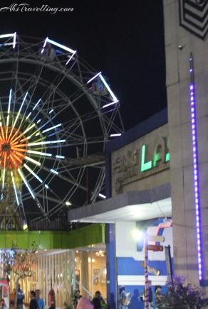 suroboyo carnival park - bianglala